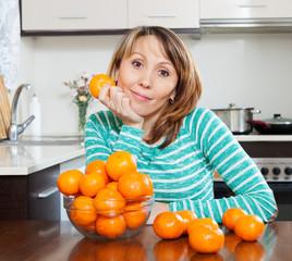 girl with mandarines