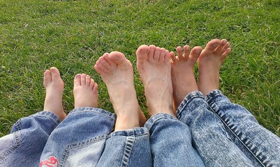 Happy family foots