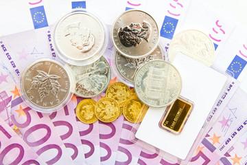 Vermögensbildung - Gold, Silber und Euroscheine