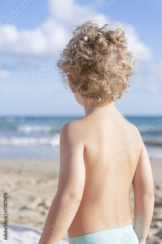 canvas print picture child on the beach