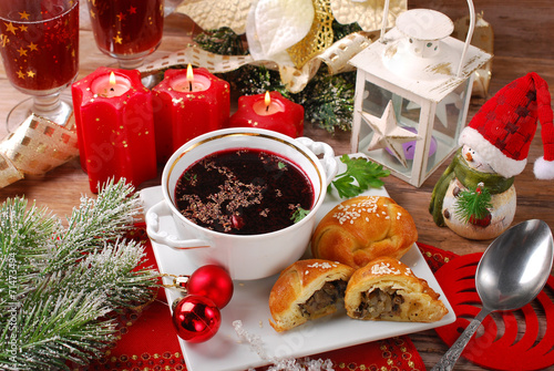 Fotobehang Restaurant red borscht and pastries for christmas eve