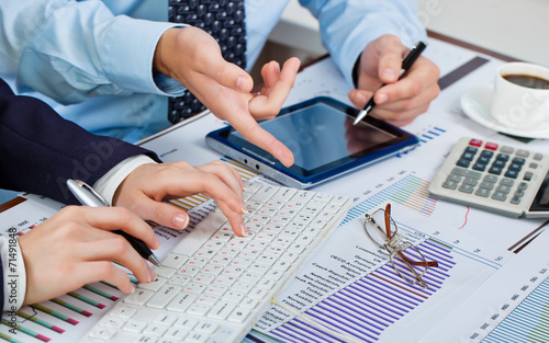 Business accounting - 71491848