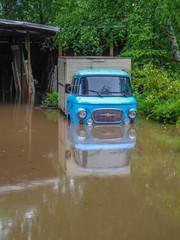 DDR Auto Hochwasser