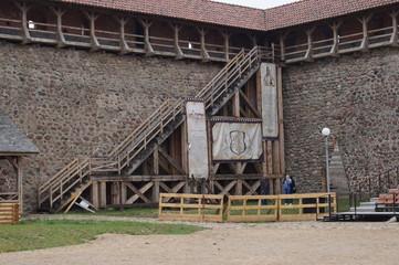 Вид на внутренний двор Лидского замка. Беларусь