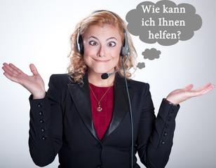 Wie kann ich Ihnen helfen? Frau mit Headset
