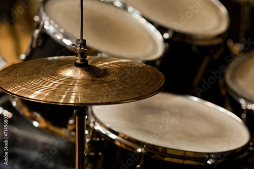 Fragment drumset closeup - 71496802