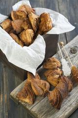 Cookies with cinnamon.