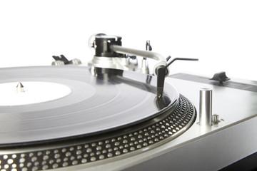 Plattenspieler mit einer Schallplatte