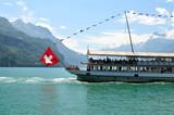 Fototapety altes Damfschiff mit Seepanorama