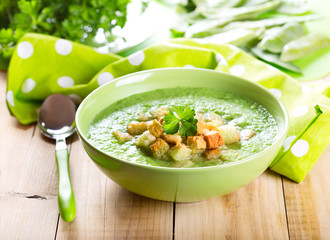 bowl of pea soup