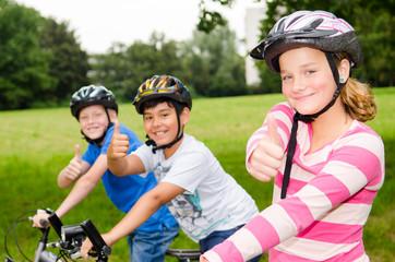 erfolgreich mit helm radfahren