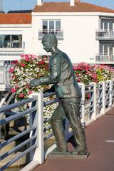 Statue de marin (Saint-Gilles-Croix-de-Vie)