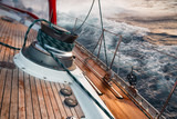Fototapety sail boat under the storm, detail on the winch