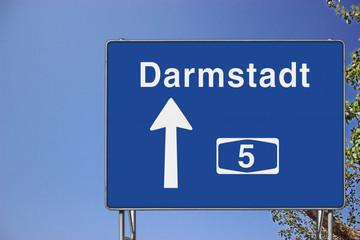Wegweiser auf A5, Richtung Darmstadt