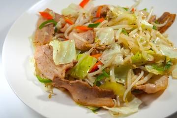 豚バラと野菜の炒め物