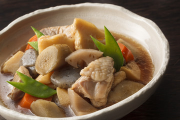 煮物 Cooking of simmered vegetable and chicken
