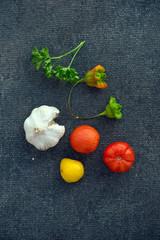 Томаты, перец и чеснок