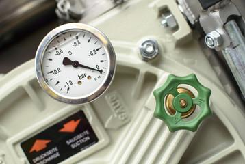 Pressure Gauges with green valves