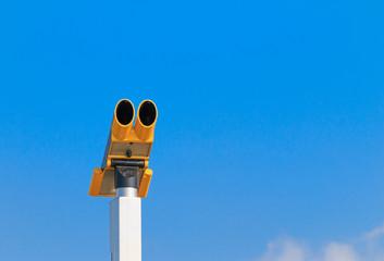 Public coin operated binocular