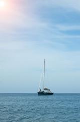 Velero en Menorca, España
