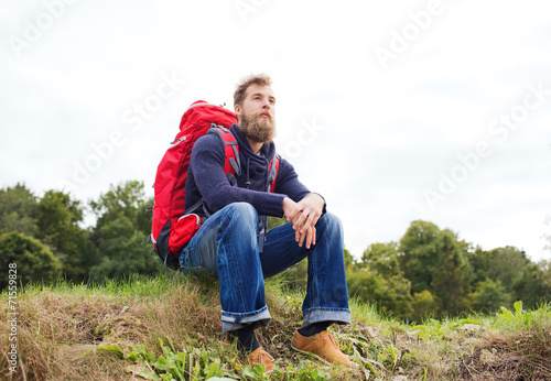 canvas print picture man with backpack hiking