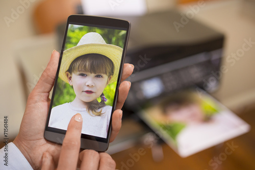 Mobile phone connected to a remote printer - 71561484