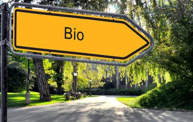 Strassenschild 25 - Bio