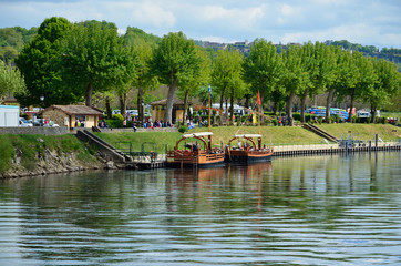 Famous gabares on the river Dordogne