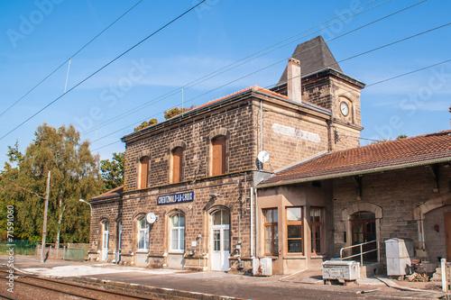 Fotobehang Treinstation Bahnhof-Greutzwald