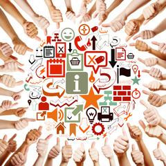 Hände um Icons halten Daumen hoch
