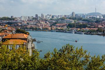 Portwein Hafenanlagen in Porto