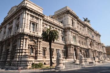 Przepiękny widok Sądu Najwyższego Kasacyjnego w Rzymie, Wlochy