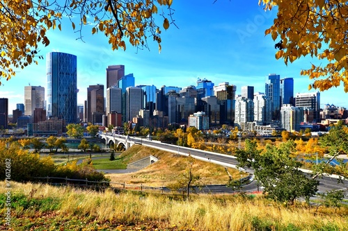 Poster Canada Skyline of the city of Calgary, Alberta during autumn