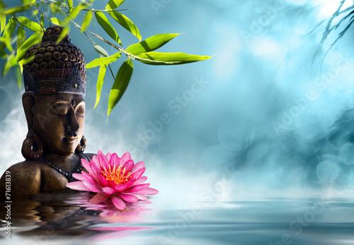Leinwandbild Motiv Buddha in meditation