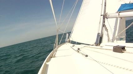 Navigation voilier près