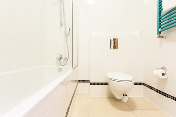 Bathroom with toilet and bathtub