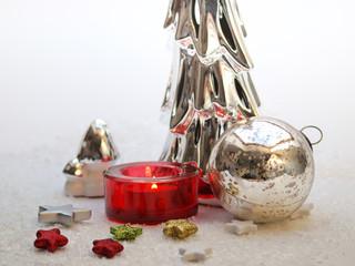 Weihnachtsdekoration mit Teelicht
