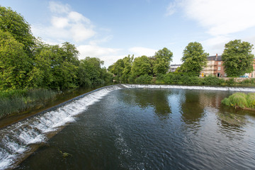 Rivière à Cahir en Irlande