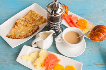 petit déjeuner continental