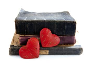 coeurs rouge et livres