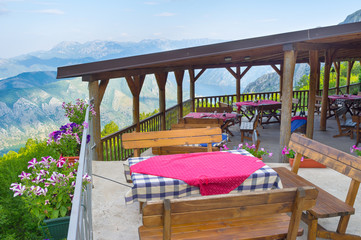 The mountain cafe