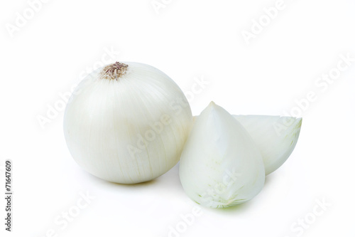 Fotobehang Groenten One White Onion and Sliced Pieces - Clipping Path Inside