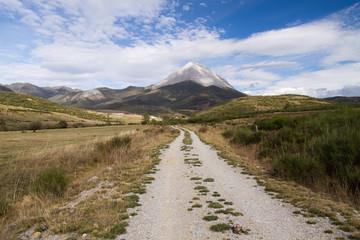 Camino, Valverde de la Sierra y Pico Espigüete.