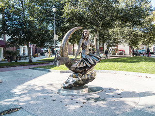 Bewitched Statue in Salem
