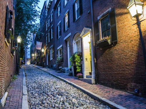 Leinwanddruck Bild Acorn Street Boston