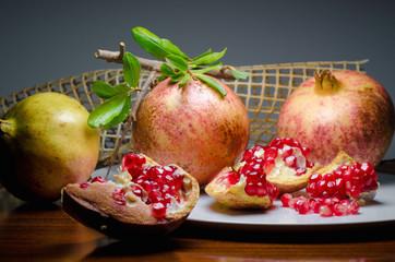 melagrana . pomegranate