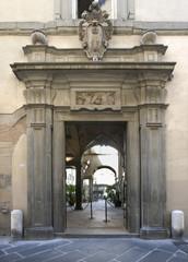 Palazzo Santini-Entrata