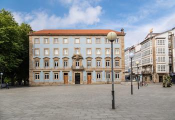 Square with unique building