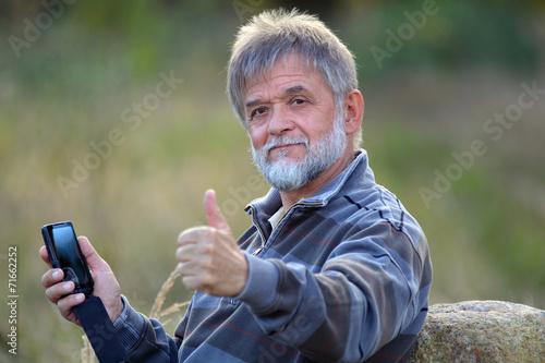 Poster Mann mit Handy