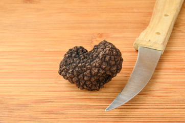 Truffle and knife